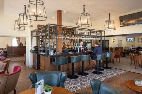 Hawkwell Hotel - Iffley Blue Restaurant & Bar