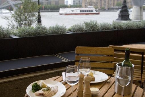 Local Restaurants Near Ec4v London