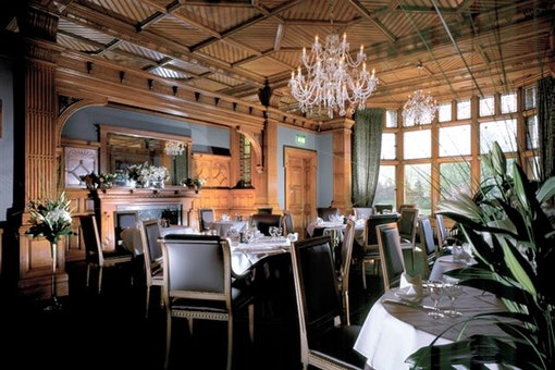 The Oak Room Restaurant