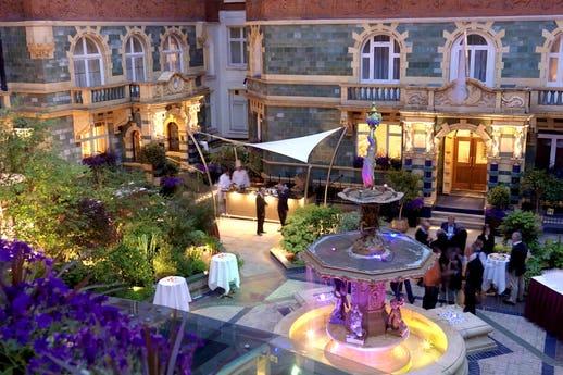 Courtyard at 51 Buckingham Gate