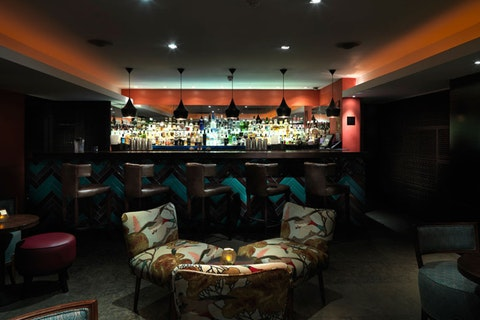 Benares (bar)
