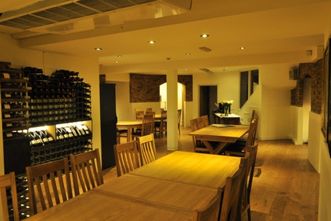 Finborough Wine Café