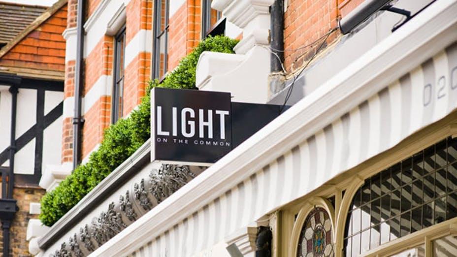 Light Café