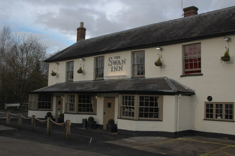 The Swan Inn - Hungerford