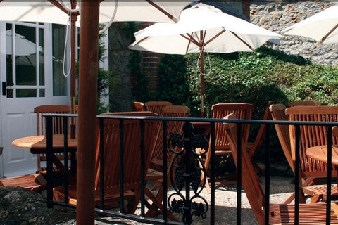 The Pond Café