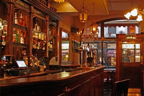 The Queen's Head - Denman Street
