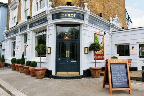 The Pilot Chiswick