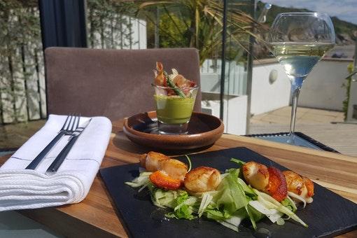The Cove Restaurant & Bar