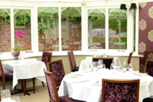 Conservatory Restaurant - Boxmoor Lodge