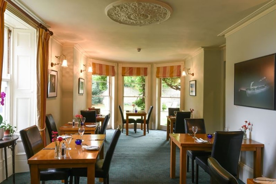 The Lawns Restaurant and Wine Bar