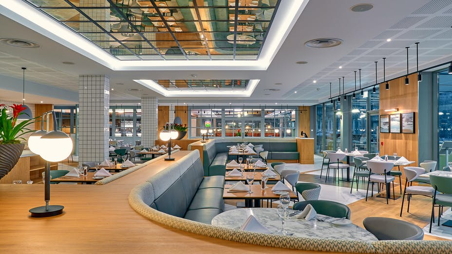 Glaze Restaurant at Crowne Plaza Marlow