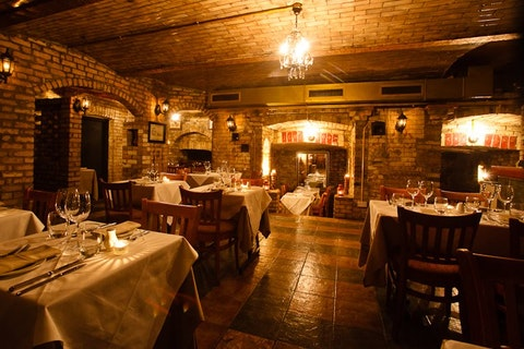 Bellaria Restaurant & Wine Bar