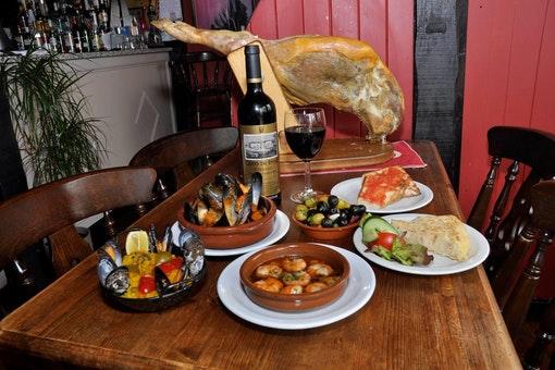La Paella Tapas Bar & Restaurant