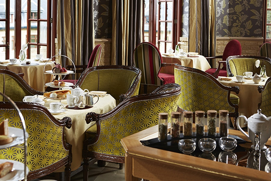 Ascot Bar & Lounge