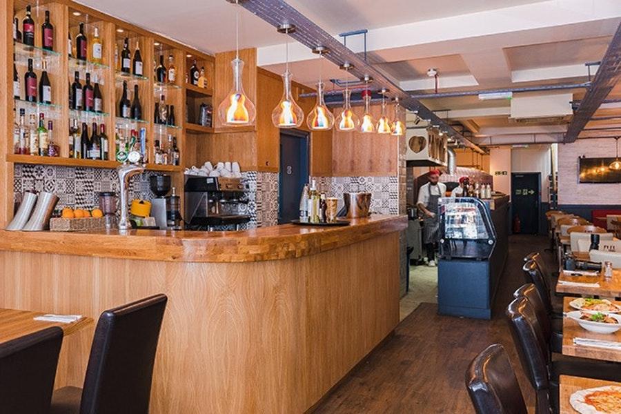 Avanti Bistro Bar Café