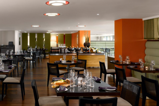 Collage Restaurant at Radisson Blu Cardiff