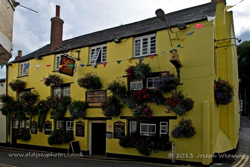 The Golden Lion - Padstow
