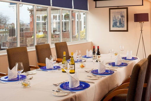 Mercure Thames Lodge Hotel, Staines-Upon-Thames