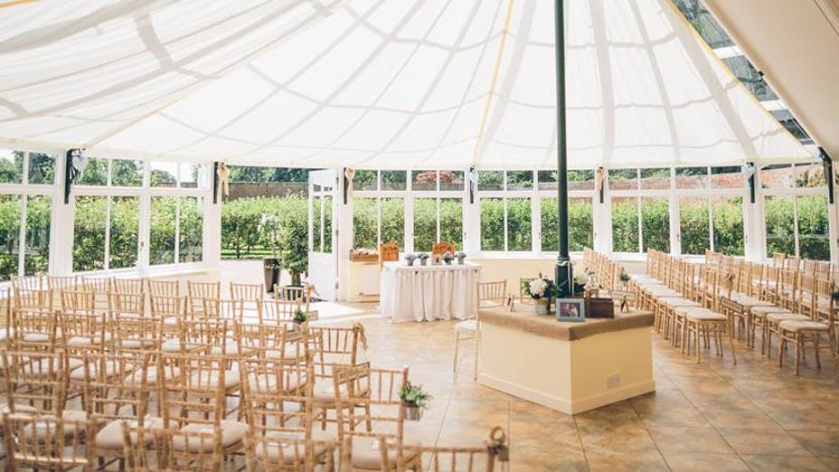 Combermere Abbey - The Glasshouse And Walled Garden Pavilion