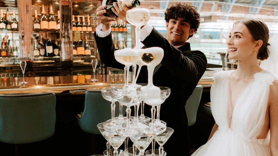 Weddings at Searcys St Pancras Restaurant and Champagne Bar