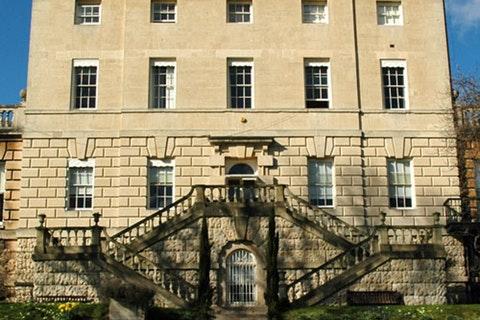 Clifton Hill House