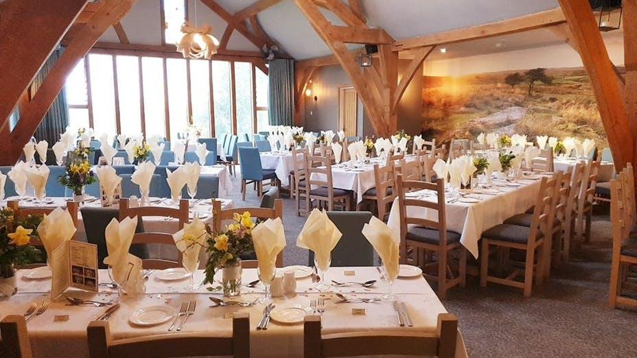 Dainton Park Golf Club And Restaurant