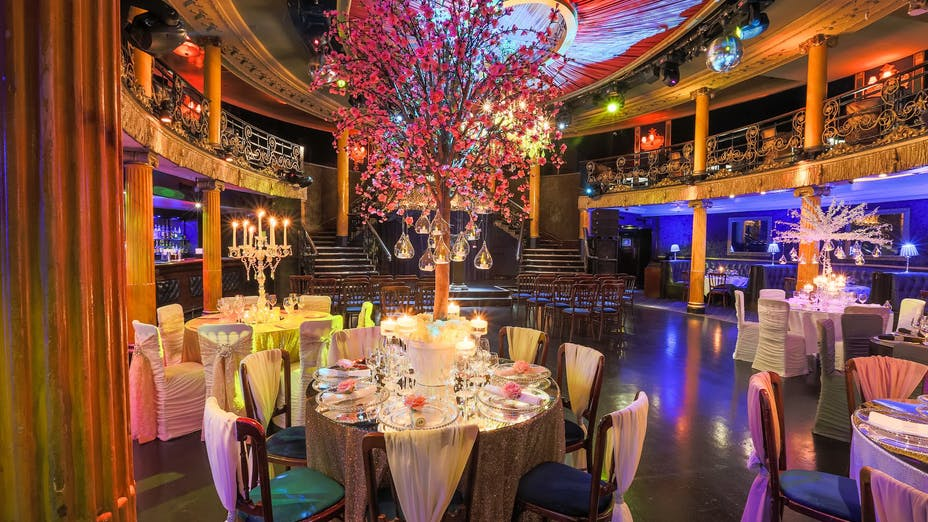 Weddings at Café de Paris