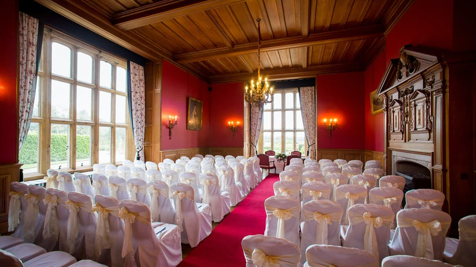 Weddings at Eynsham Hall