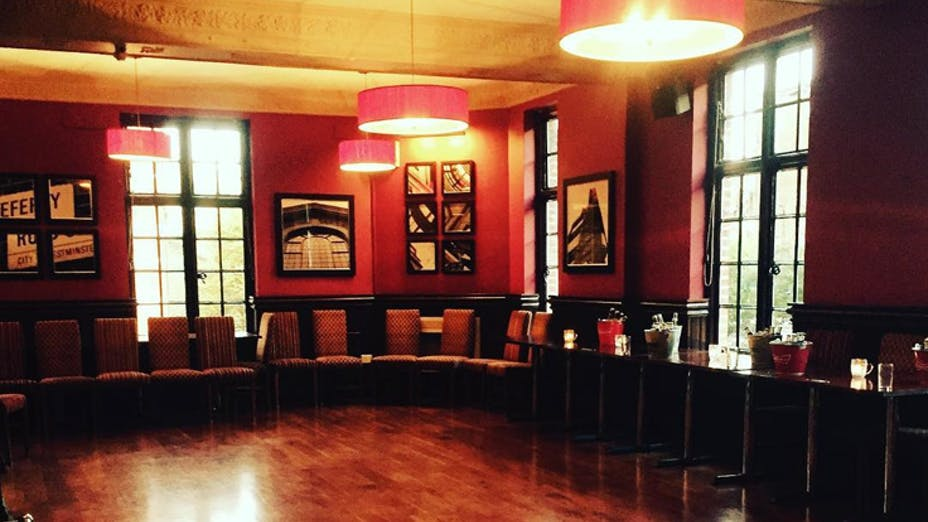 Weddings at The Barley Mow Horseferry Road